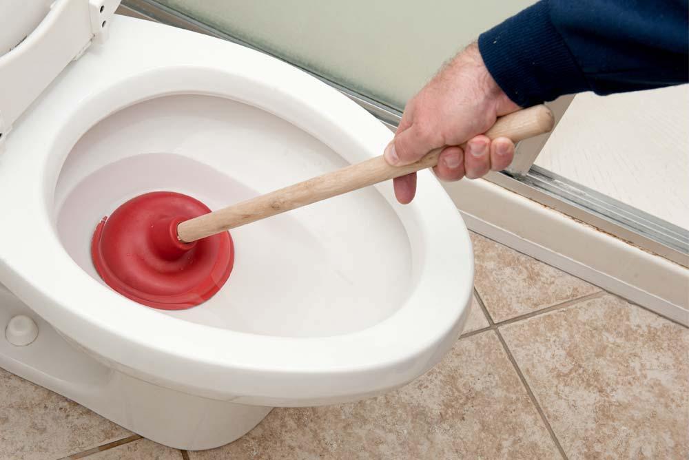 Entretien des toilettes à Saint-Eustache, QC